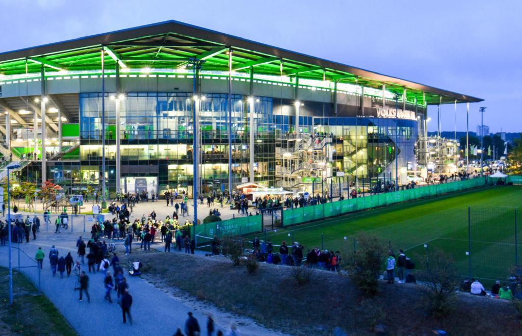 Stadion des Vfl Wolfsburg am Abend